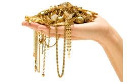 Oro in mano